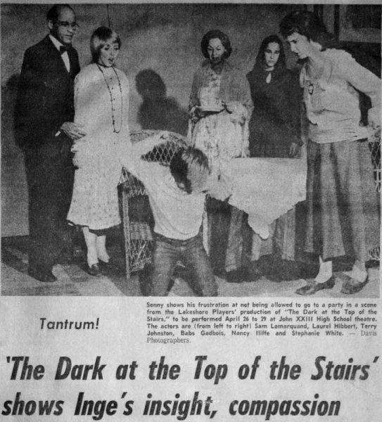 pub_dark_top_stairs3